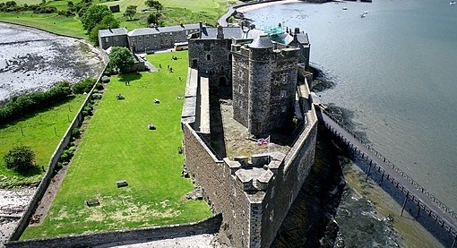 Blackness Castle also appears in Outlander