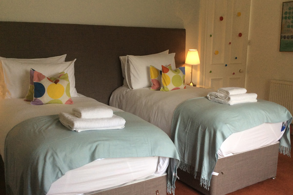 Zip and link bedroom with views to Stirling Castle - beds can be configured as 2 x single or 1 x super king