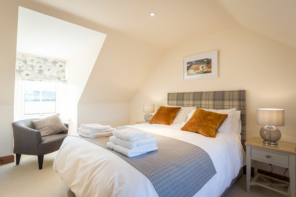 Campbell bedroom : Kings size with views to Stirling Castle