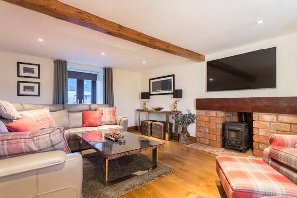 Lounge with seating for 10 people, Gas Burner Fire, Freeview Plasma TV and DVD player