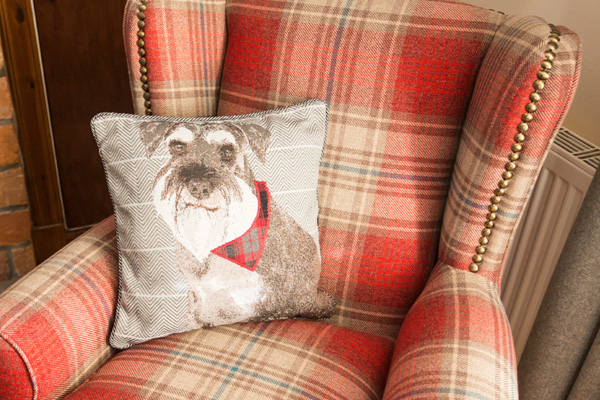 Contemporary soft furnishings in Lounge