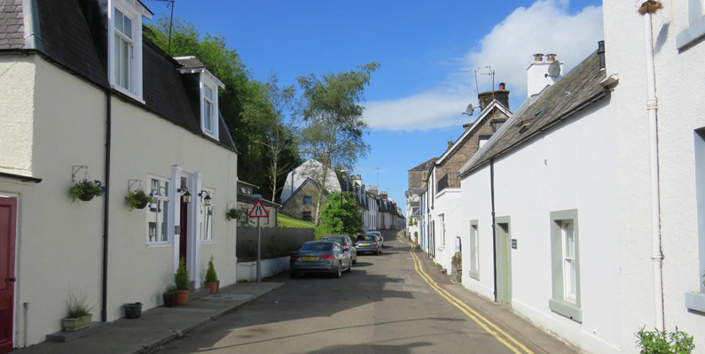 The Old Post Office Apartment - Sleeps 2, set in the historic town of Dunblane
