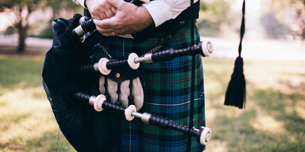Solo and band piping contests are a regular feature